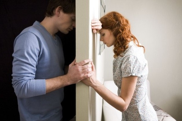 Изменить мужу с девушкой