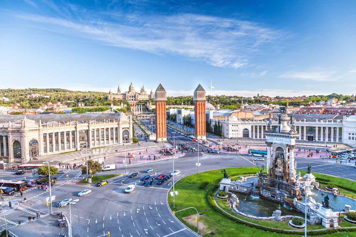 Почему стоит посетить Барселону